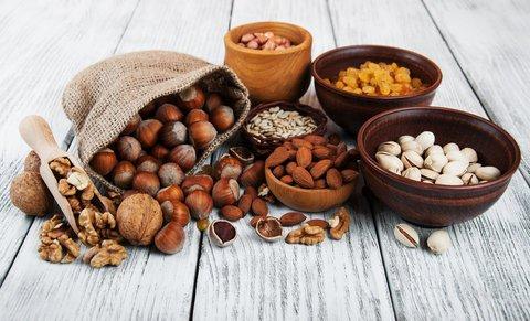 veganer ernährungsplan nüsse