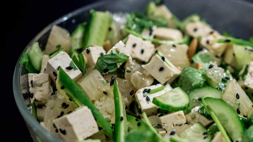 Halte Dein Proteingehalt hoch wenn du langfristig vegan abnehmen willst