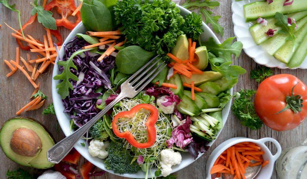 Vegane Rostkost macht Deinen Körper schlank und fit und ist allgemein gesund.