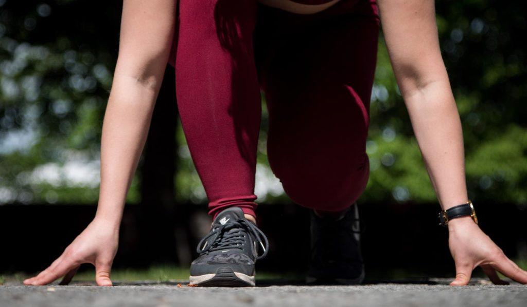 Beginne Deinen Tag mit Cardio um vegan schnell Gewicht zu verlieren