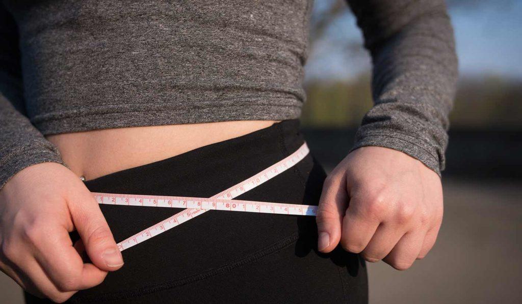 Verzichte auf eine Diät und baue stattdessen Muskeln, wenn Du Gewicht verlieren willst