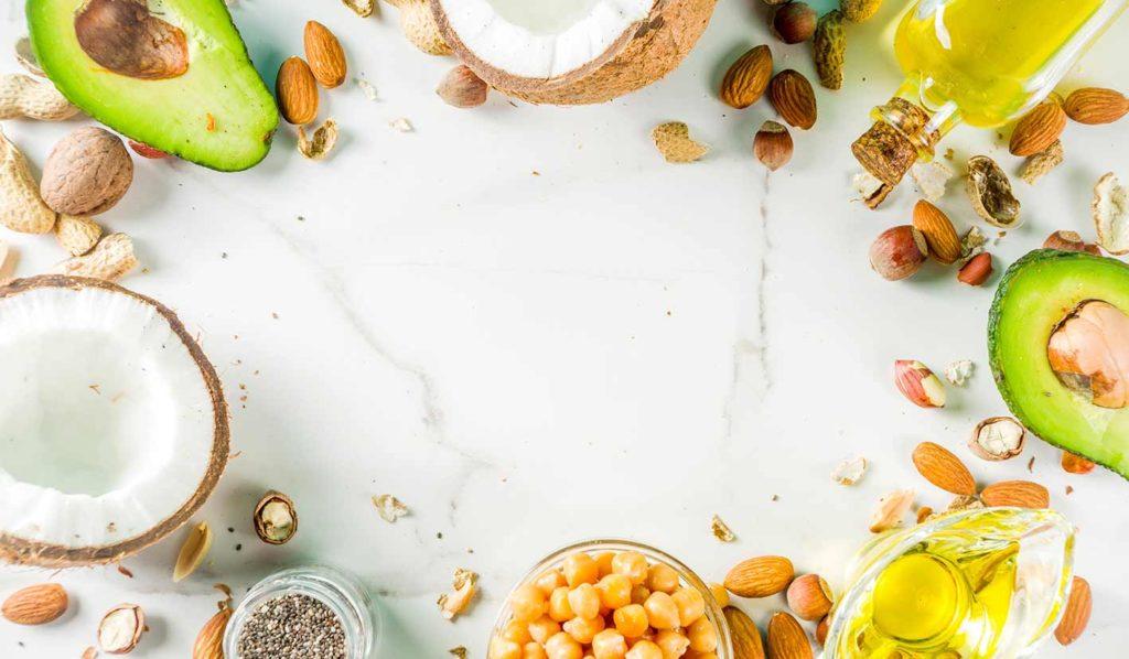 Fette gehören zum gesunden veganen Kochen dazu